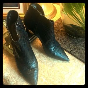 Zara Black Snake 🐍 Kitten Heel Ankle Booties 40